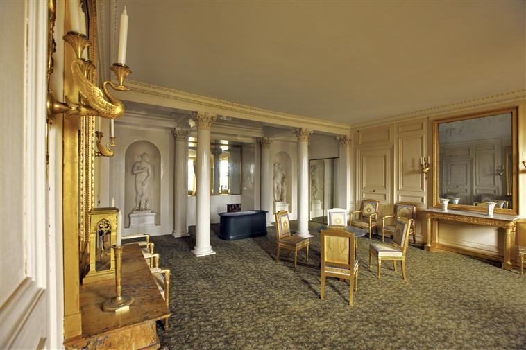 Palais de Compiègne, salle de bains du roi de Rome (état restitué : Premier Empire)